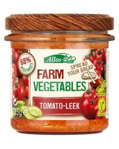 Farm vegetables tomaat & prei bio